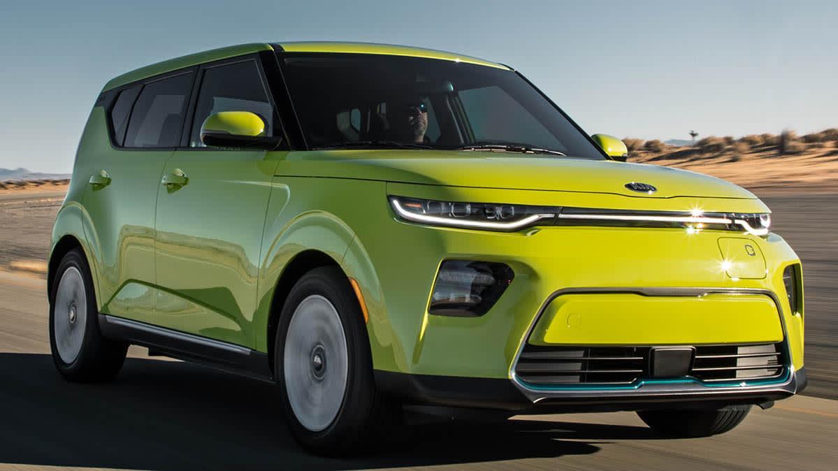 Crollano le vendite di auto elettriche i consumatori non si fidano