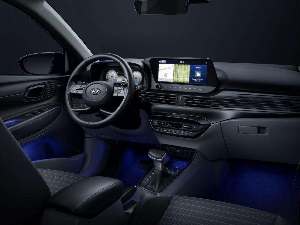 Nuova Hyundai i20 2020, gli interni in Anteprima