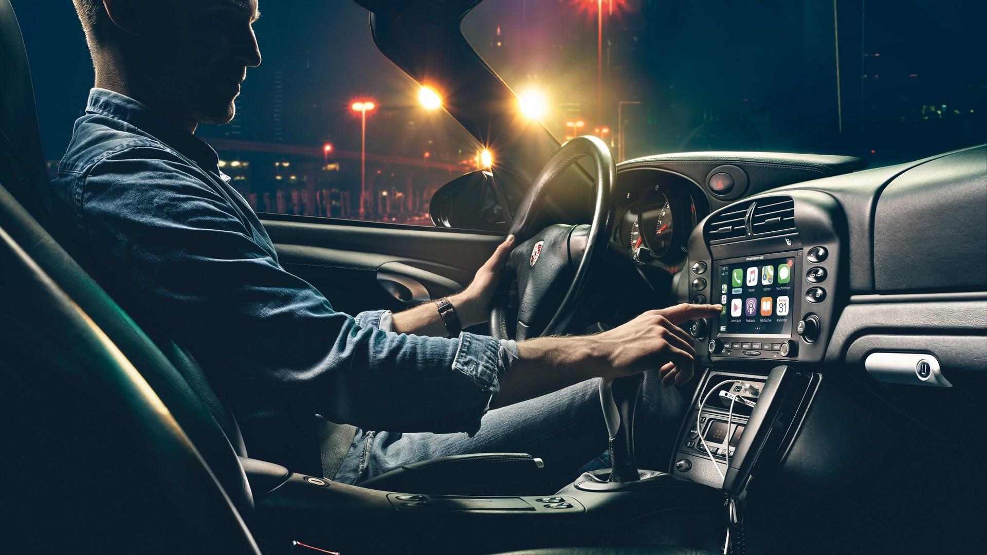 Porsche-Classic-Communication-Management-1