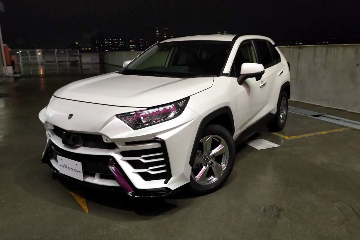 lamborghini Toyota-RAV4-Albermo-XR51