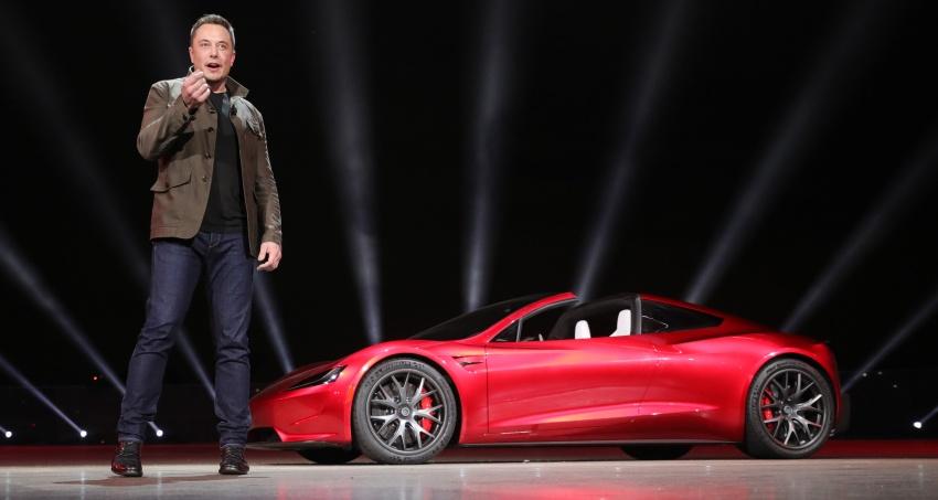 Tesla ad un passo dalla Guida Autonoma di Livello 5