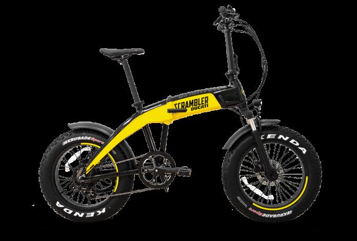 Nuova Ducati SCR-E, la bici pieghevole elettrica per la città