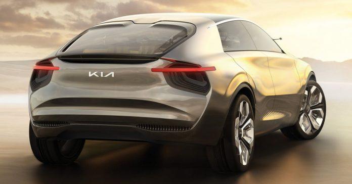 Kia si trasforma, nel 2021 nuovo logo ed Elettrica