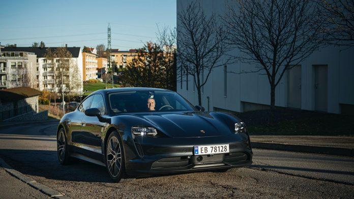 Porsche consegna 1.000 Taycan in Norvegia