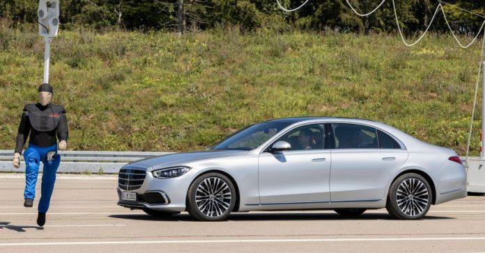 Mercedes-Benz abbandona gli investimenti nella Guida Autonoma