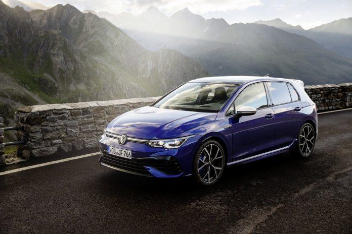 Nuova Volkswagen Golf 8 R 2021, Dati tecnici e Anticipazioni