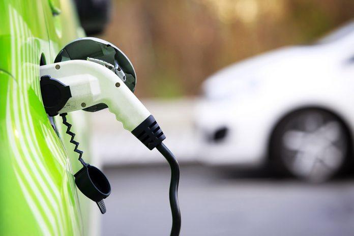 Auto Elettriche in Italia: 2 su 5 sono a Noleggio!