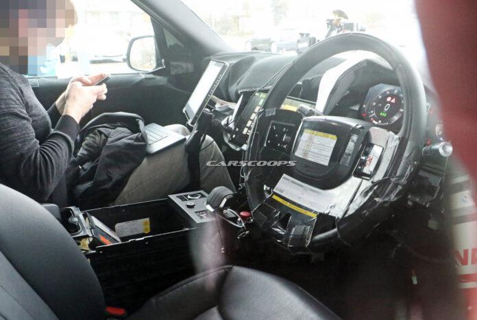 Nuova Range Rover 2022, gli Interni in Anteprima