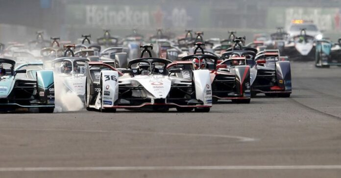 McLaren correrà in Formula E dal 2022