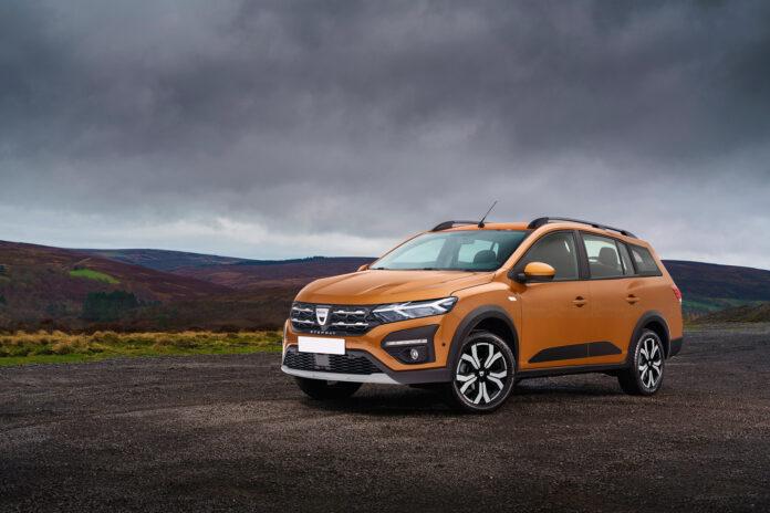 Nuova Dacia Lodgy 2022, ormai certo il SUV al posto della MPV