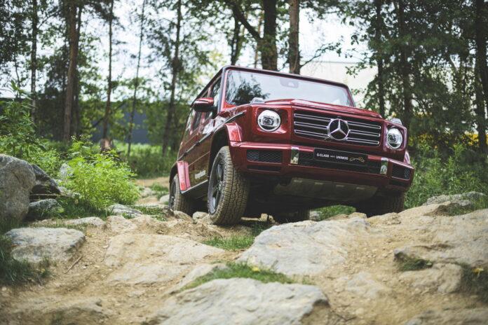 Mercedes-Benz richiama 1,4 Milioni di auto per la chiamata d'emergenza