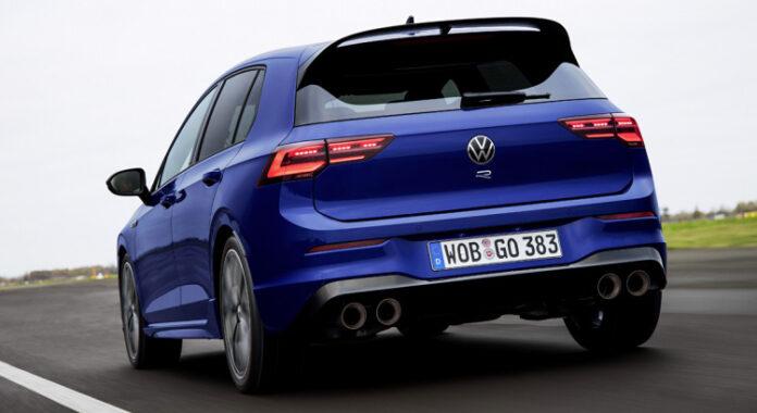 Nuova Volkswagen Golf 8 R 2022, arriva la Plus?