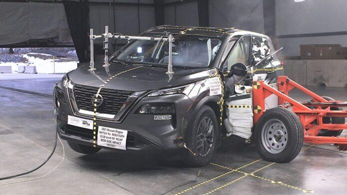 Nissan X-Trail 2022, solo 2 stelle nei crash test Usa