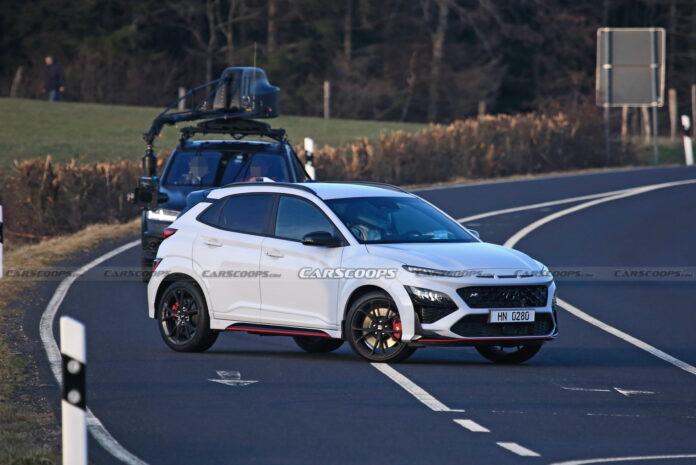 Nuova Hyundai Kona N 2022, le foto rubate in Anteprima