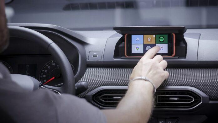 Dacia trasforma lo Smartphone nell'Infotainment dell'Auto