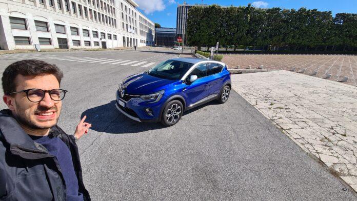 Renault Captur E-Tech ibrida 160 CV   Prova su strada